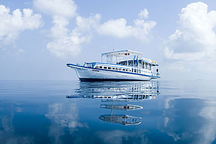 Maldives Cuise Boat